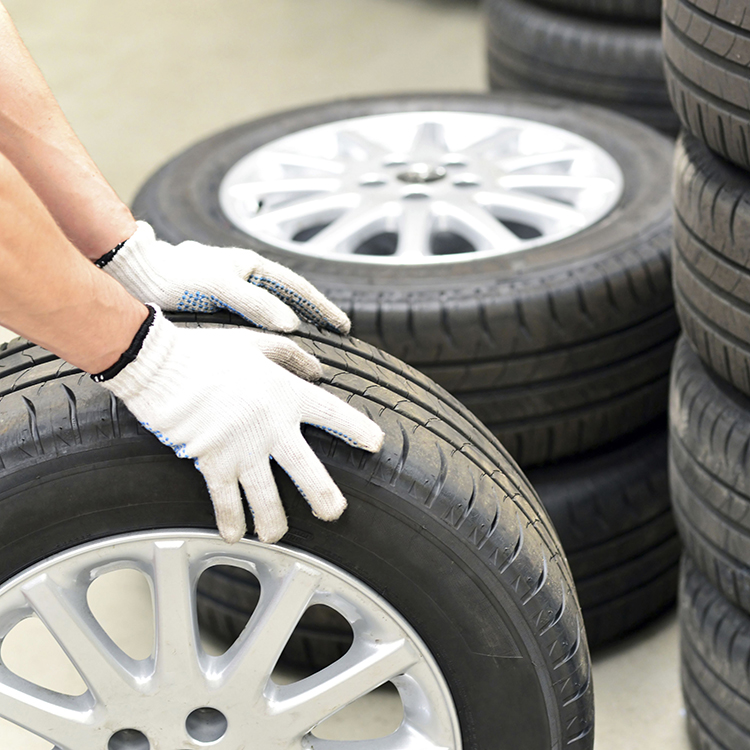 How To Facilitate Vehicle Owners With Tyre and Mechanic Services?